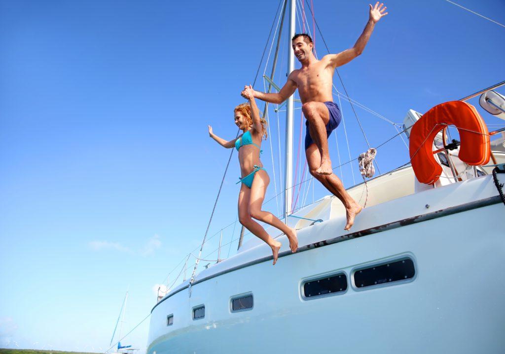 huur een boot en spring in zee